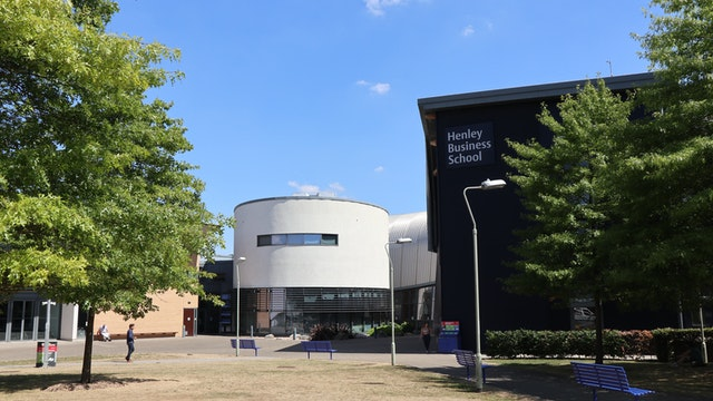 Henley Business School building mtime20180803135104