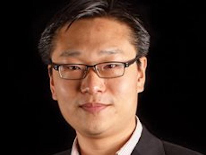 Profile pic Prof Liu