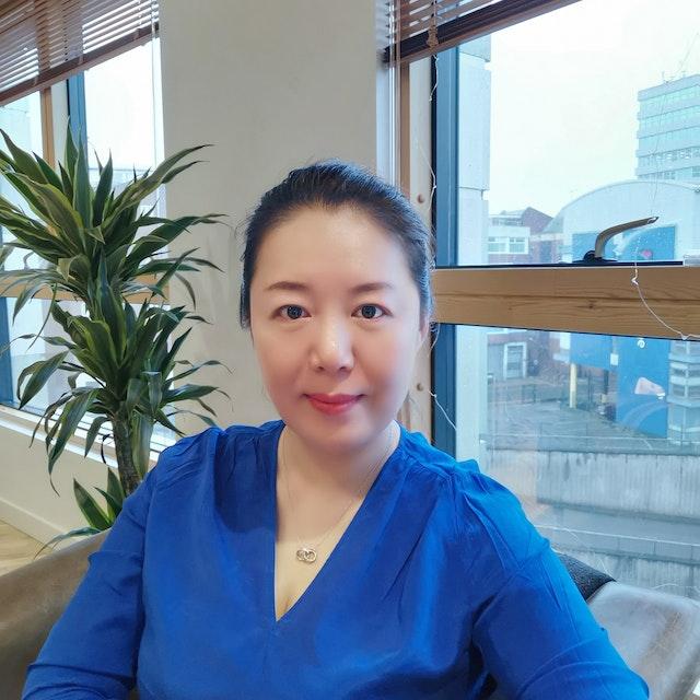 Hua Fan Photo