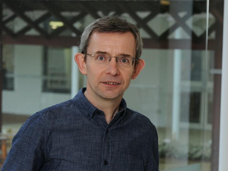 Professor Peter Scott